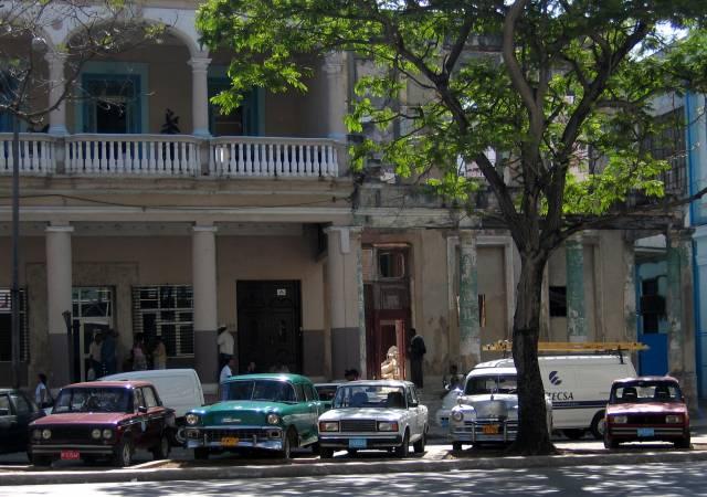 Preguntas breves acerca de Cuba. - Página 29 Carscuba.jpg-for-web-large