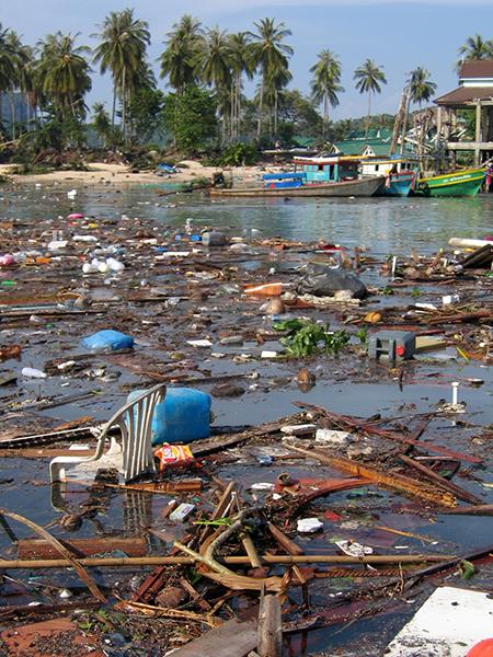 Tsunami Thailand Phi Phi Island 2004